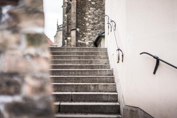 old-town-stairs-picjumbo-com